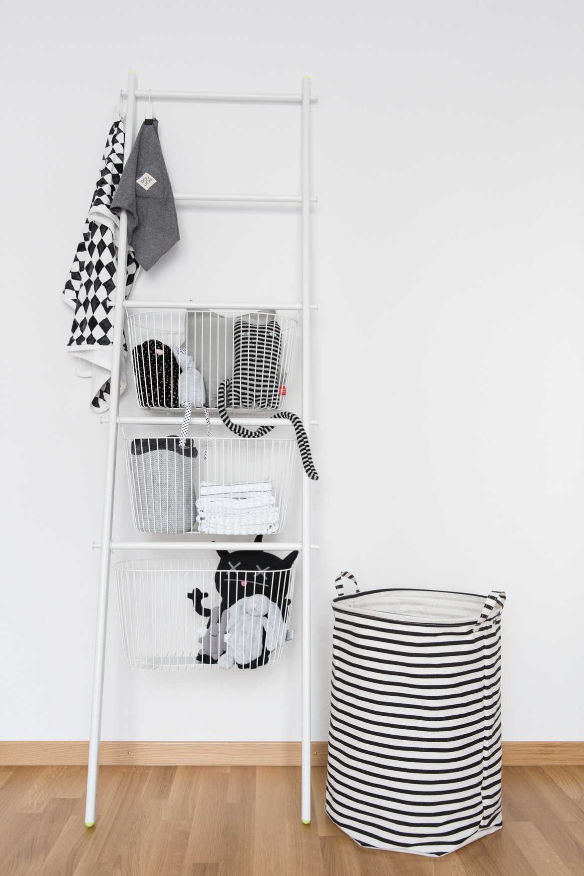 Decorating the nursery with the IKEA Sprutt collection