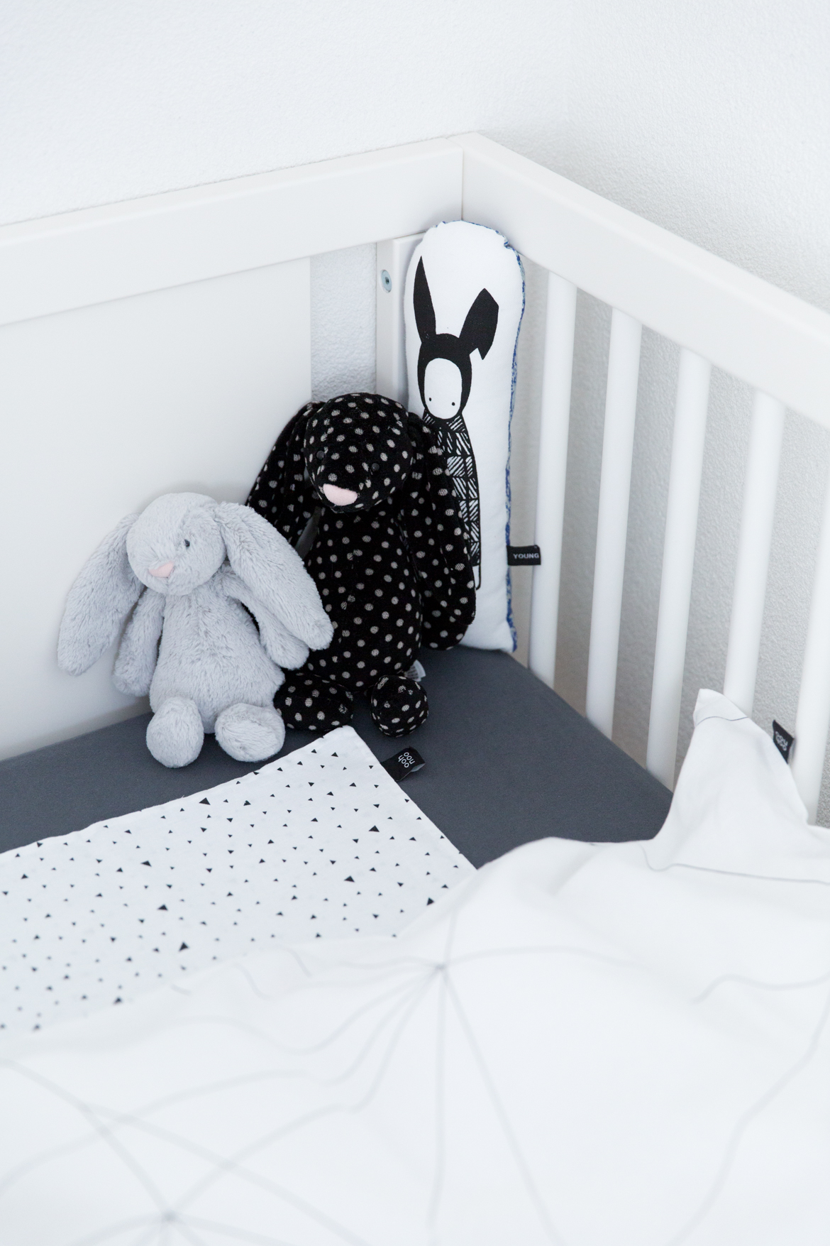 Monochrome Ooh Noo Kids Bedding