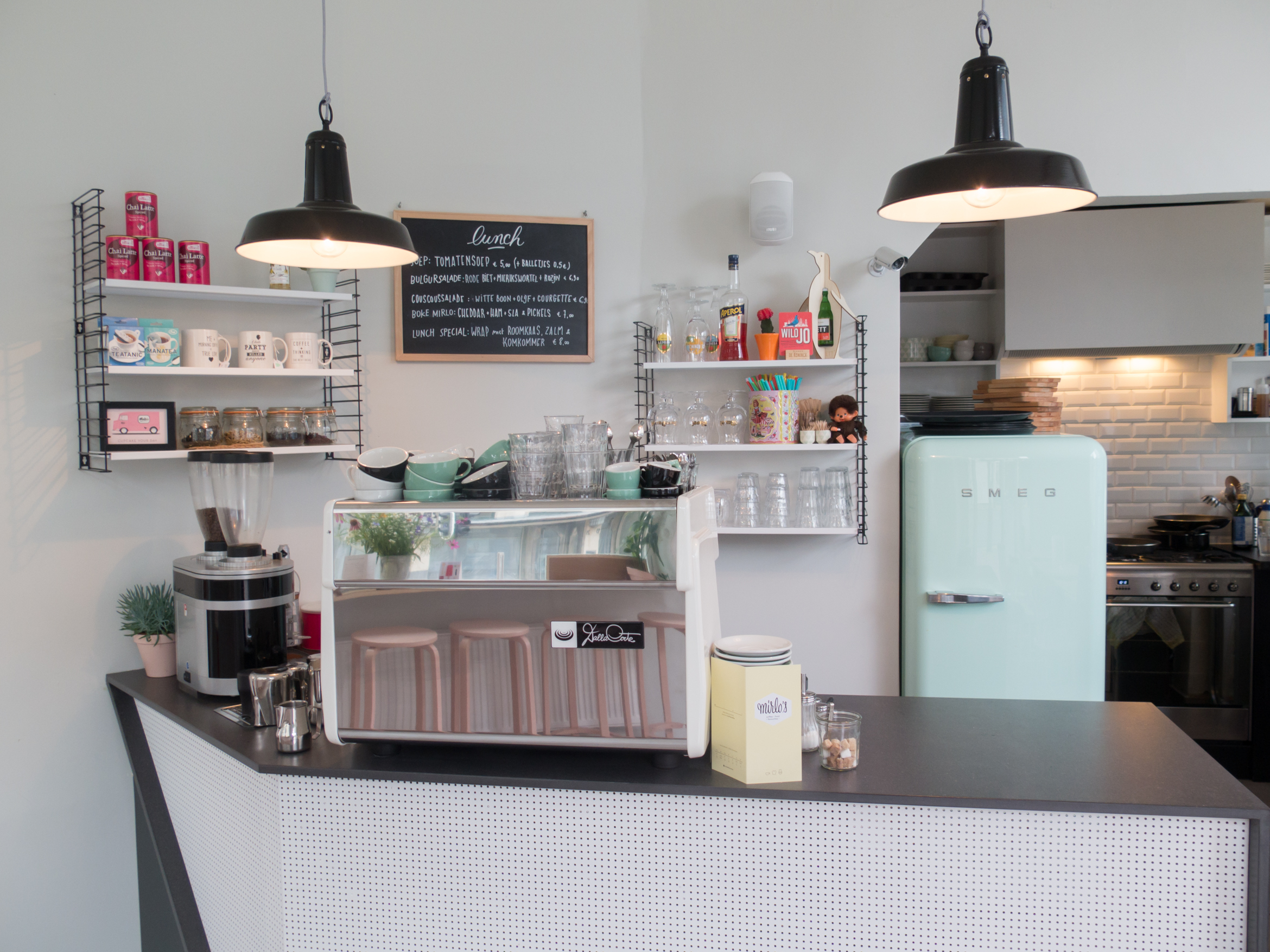 Mirlo's coffee bar in Antwerp